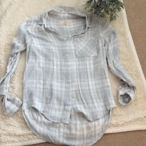 Button up top size small